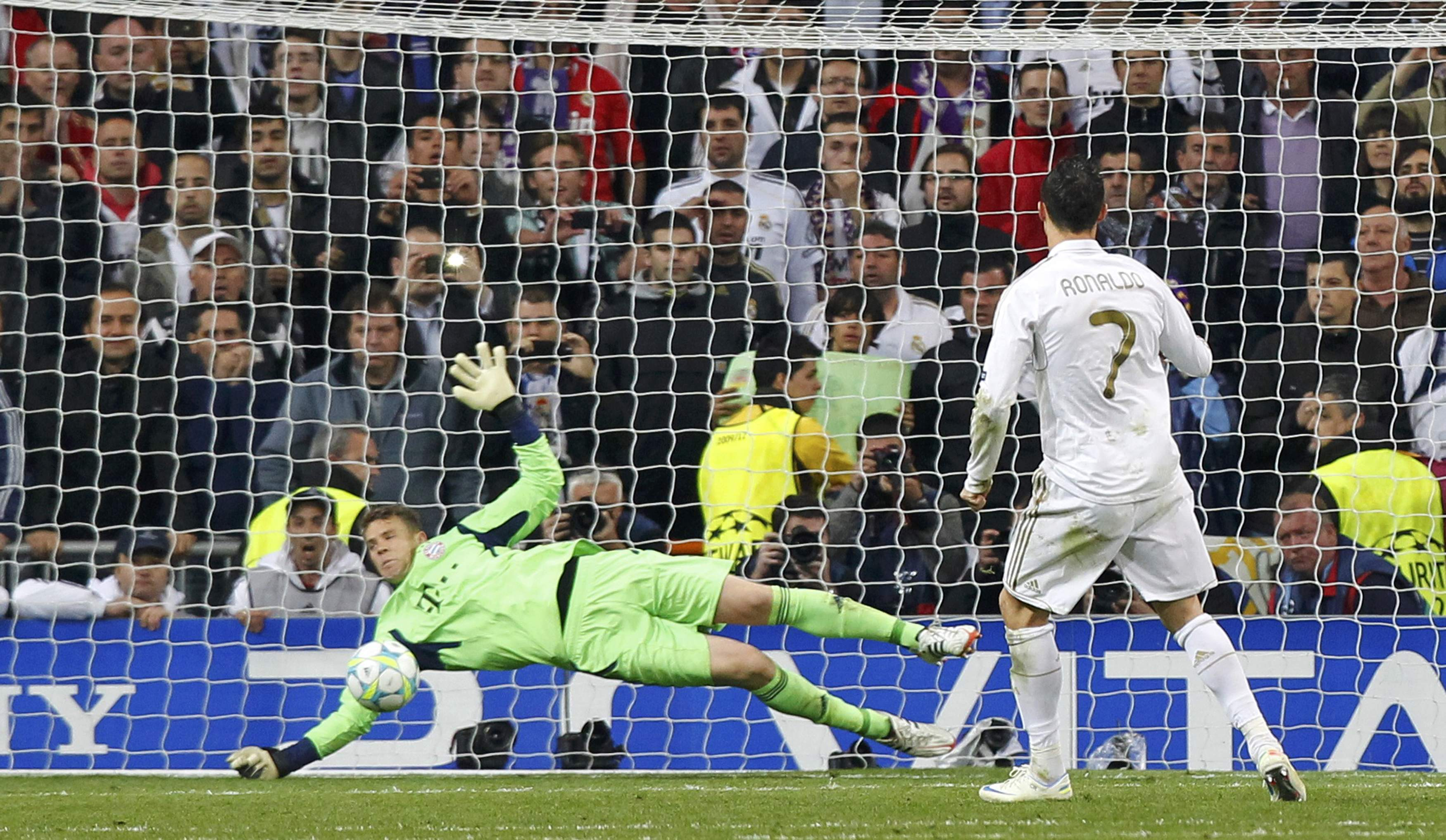 Real Madrid 2 (1) x (3) 1 Bayern de Munique - Cristiano Ronaldo marca ...